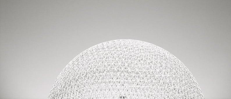 Géode par le vision BuckMinster Fuller. Montréal. 1967.