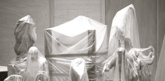 Nouveau modèle RH, enfin presque ! Modèles exposés sous plactic - Le Louvre Paris. 2011 par Jean-Baptiste Audrerie. Toute reproduction interdite sans autorisation.