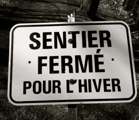"""Attirer et Dissuader - Photo Jean-Baptiste Audrerie - Reproduction interdite sans autorisation - 2015 """"Sentier fermé pour l'hiver"""""""